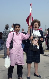 maid-protests-with-employer.jpg